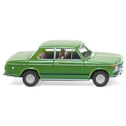 BMW 2002 berline 2 portes verte 1966