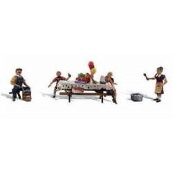 """Set de 4 figurines """"anniversaire dans le jardin"""""""