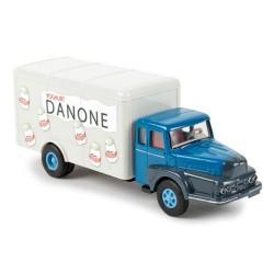 """Unic Izoard ZU 122 camion fourgon """"Danone Yoghurt"""""""