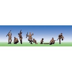 Set de 8 soldats au combat