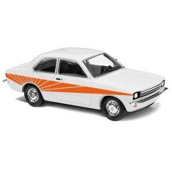 "Opel kadett C 1977 ""Swinger"" blanche avec déco orangée"